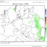 Parametrul convectiv CAPE, la valori modeste marți în Moldova, dar suficient cât să susțină producerea câtorva descărcări electrice. Sursa: model WRF Modellzentrale