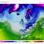 Influxul masiv de aer rece in vestul Europei in acest week-end va propulsa in acelasi timp in estul continentului (inclusiv in tara noastra) un aer deosebit de cald. De altfel, duminica in Romania sunt sanse sa se inregistreze cele mai ridicate temperaturi din intreaga Europa! Sursa: meteocentre.com, model GEM.